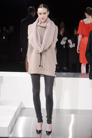 Показ Tess Giberson коллекции сезона Осень-зима 2011-2012 года prêt-à-porter - www.elle.ru - Подиум - фото 226200