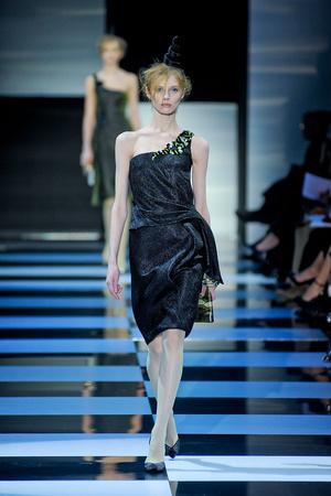 Показ Giorgio Armani Privé коллекции сезона Весна-лето 2012 года Haute couture - www.elle.ru - Подиум - фото 331479