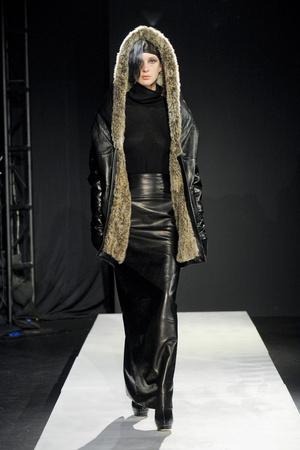 Показ Mandy Coon коллекции сезона Осень-зима 2011-2012 года prêt-à-porter - www.elle.ru - Подиум - фото 227480