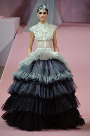 Показ Alexis Mabille коллекции сезона Весна-лето 2013 года Haute couture - www.elle.ru - Подиум - фото 477548