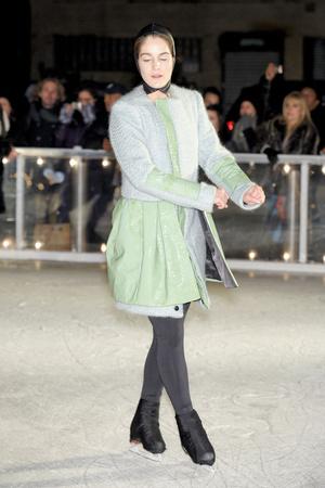 Показ Elise Overland коллекции сезона Осень-зима 2011-2012 года prêt-à-porter - www.elle.ru - Подиум - фото 226779