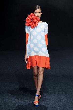 Показ Junko Shimada коллекции сезона Весна-лето 2011 года Prêt-à-porter - www.elle.ru - Подиум - фото 190382