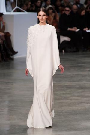 Показ Stephane Rolland коллекции сезона Весна-лето 2013 года haute couture - www.elle.ru - Подиум - фото 479755