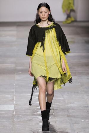 Показ Fashion East коллекции сезона Осень-зима 2012-2013 года Prêt-à-porter - www.elle.ru - Подиум - фото 356130