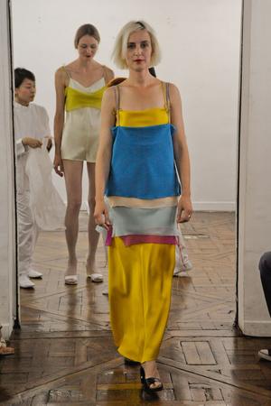 Показ Adeline Andre коллекции сезона Осень-зима 2010-2011 года Haute couture - www.elle.ru - Подиум - фото 167256