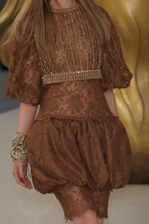 Показ  коллекции сезона Осень-зима 2010-2011 года haute couture - www.elle.ru - Подиум - фото 167765