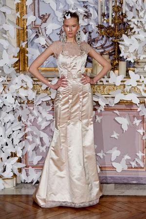 Показ Alexis Mabille коллекции сезона Весна-лето 2014 года haute couture - www.elle.ru - Подиум - фото 574431