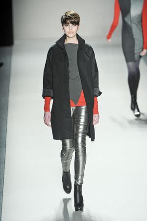 Показ Nicole Miller коллекции сезона Осень-зима 2011-2012 года prêt-à-porter - www.elle.ru - Подиум - фото 226700