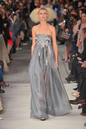 Показ Lefranc Ferrant коллекции сезона Осень-зима 2009-2010 года haute couture - www.elle.ru - Подиум - фото 88071