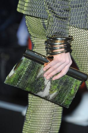 Показ Giorgio Armani Privé коллекции сезона Весна-лето 2012 года Haute couture - www.elle.ru - Подиум - фото 331688