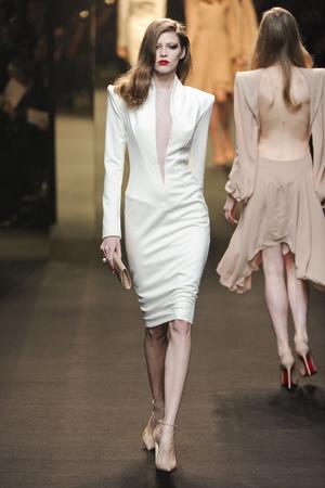 Показ Alexander Vauthier коллекции сезона Весна-лето 2011 года Haute couture - www.elle.ru - Подиум - фото 214930