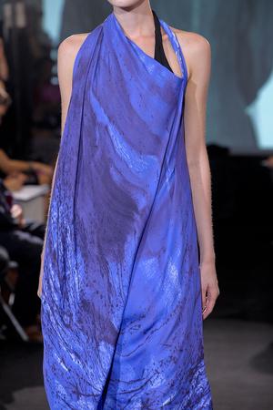 Показ Atelier Gustavo Lins коллекции сезона Осень-зима 2011-2012 года haute couture - www.elle.ru - Подиум - фото 278197