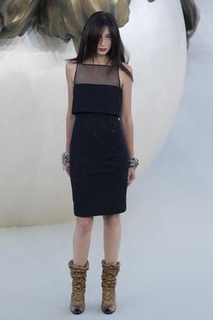 Показ  коллекции сезона Осень-зима 2010-2011 года haute couture - www.elle.ru - Подиум - фото 167902