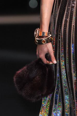 Показ Givenchy коллекции сезона Весна-лето 2014 года Prêt-à-porter - www.elle.ru - Подиум - фото 570856