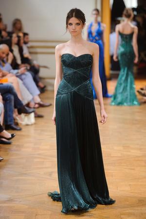Показ Zuhair Murad коллекции сезона Осень-зима 2013-2014 года haute couture - www.elle.ru - Подиум - фото 556597