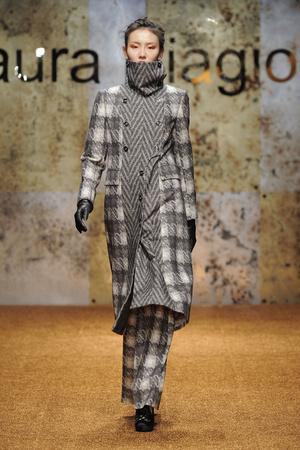 Показ Laura Biagiotti коллекции сезона Осень-зима 2012-2013 года prêt-à-porter - www.elle.ru - Подиум - фото 366226