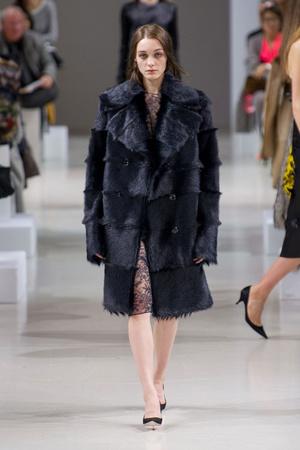Показ Nina Ricci коллекции сезона Осень-зима 2015-2016 года prêt-à-porter - www.elle.ru - Подиум - фото 596452