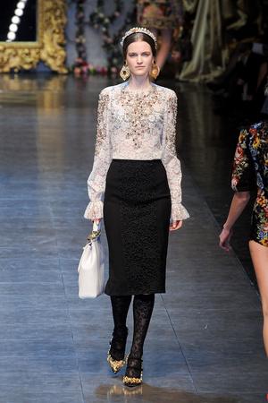 Показ Dolce & Gabbana коллекции сезона Осень-зима 2012-2013 года Prêt-à-porter - www.elle.ru - Подиум - фото 367867