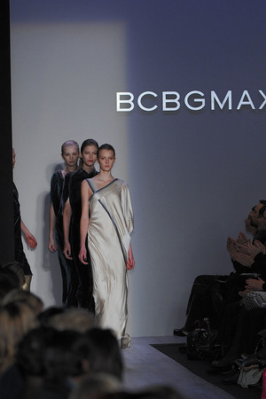 Показ BCBG коллекции сезона Осень-зима 2009-2010 года prêt-à-porter - www.elle.ru - Подиум - фото 89194
