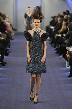 Показ  коллекции сезона Весна-лето 2012 года haute couture - www.elle.ru - Подиум - фото 331333