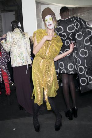 Показ Vivienne Westwood коллекции сезона Осень-зима 2013-2014 года Prêt-à-porter - www.elle.ru - Подиум - фото 551145