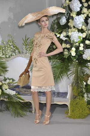Показ Christian Dior коллекции сезона Осень-зима 2009-2010 года Haute couture - www.elle.ru - Подиум - фото 87326