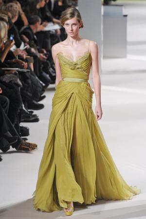 Показ Elie Saab коллекции сезона Весна-лето 2011 года Haute couture - www.elle.ru - Подиум - фото 216816