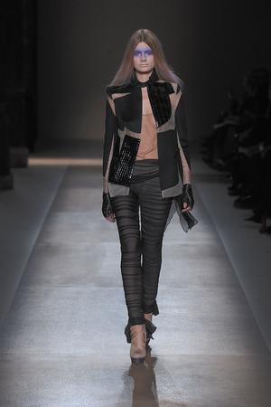 Показ Valentino коллекции сезона Весна-лето 2010 года Haute couture - www.elle.ru - Подиум - фото 139292