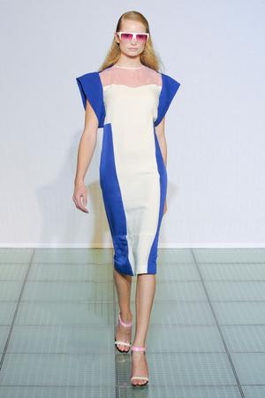 Показ Costume National коллекции сезона Весна-лето 2012 года Prêt-à-porter - www.elle.ru - Подиум - фото 311720