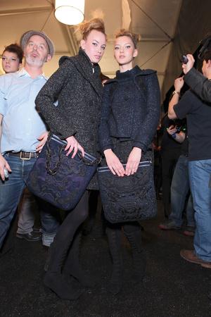 Показ Vivienne Tam коллекции сезона Осень-зима 2011-2012 года Prêt-à-porter - www.elle.ru - Подиум - фото 233003