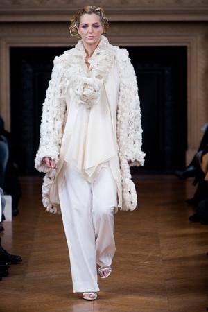 Показ Maurizio Galante коллекции сезона Весна-лето 2013 года haute couture - www.elle.ru - Подиум - фото 477146