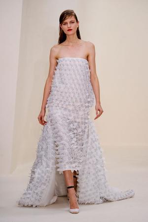 Показ Christian Dior коллекции сезона Весна-лето 2014 года Haute couture - www.elle.ru - Подиум - фото 574272