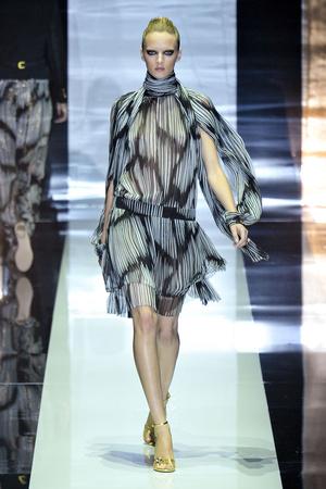 Показ Gucci коллекции сезона Весна-лето 2012 года Prêt-à-porter - www.elle.ru - Подиум - фото 301842