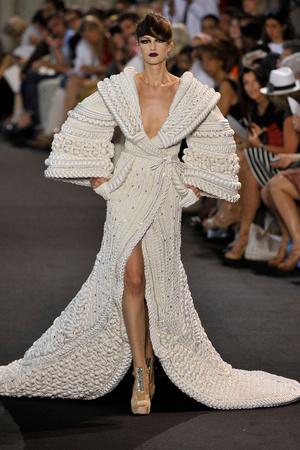Показ Stephane Rolland коллекции сезона Осень-зима 2011-2012 года haute couture - www.elle.ru - Подиум - фото 278163