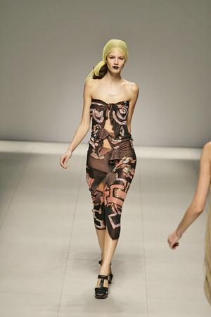Показ Vivienne Westwood коллекции сезона Весна-лето 2009 года prêt-à-porter - www.elle.ru - Подиум - фото 85892