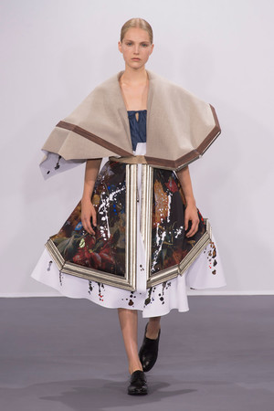 Показ Viktor & Rolf коллекции сезона Осень-зима 2015-2016 года Haute couture - www.elle.ru - Подиум - фото 597335