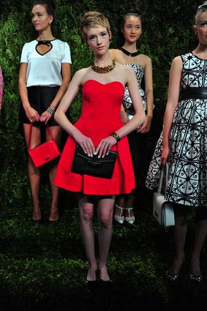 Показ Kate Spade коллекции сезона Весна-лето 2014 года prêt-à-porter - www.elle.ru - Подиум - фото 558669