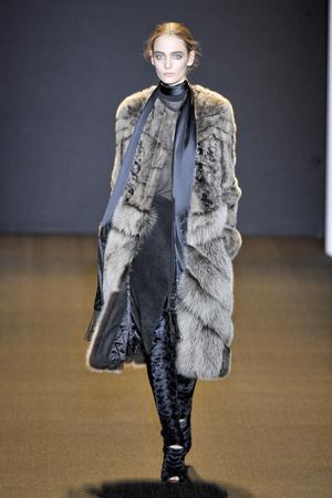 Показ J. Mendel коллекции сезона Осень-зима 2011-2012 года prêt-à-porter - www.elle.ru - Подиум - фото 231104