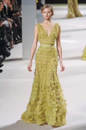Показ Elie Saab коллекции сезона Весна-лето 2011 года Haute couture - www.elle.ru - Подиум - фото 216812
