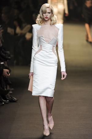 Показ Alexander Vauthier коллекции сезона Весна-лето 2011 года Haute couture - www.elle.ru - Подиум - фото 214920