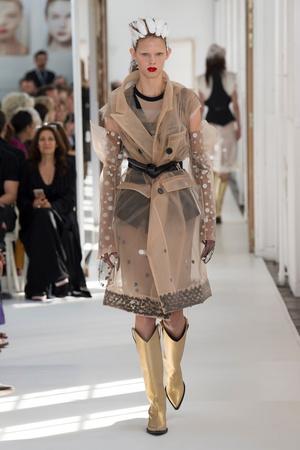 Показ Maison Margiela коллекции сезона Осень-зима 2017-2018 года Haute couture - www.elle.ru - Подиум - фото 624426