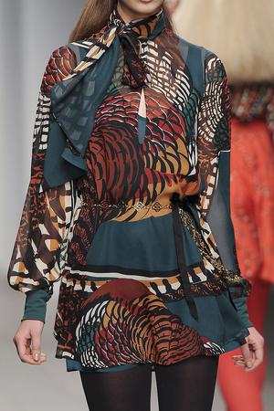 Показ Issa London коллекции сезона Осень-зима 2011-2012 года Prêt-à-porter - www.elle.ru - Подиум - фото 239541