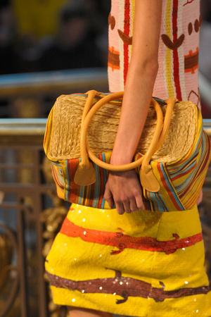 Показ Tsumori Chisato коллекции сезона Весна-лето 2012 года prêt-à-porter - www.elle.ru - Подиум - фото 317489