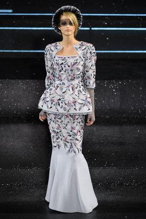 Показ  коллекции сезона Осень-зима 2011-2012 года Haute couture - www.elle.ru - Подиум - фото 278057