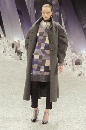 Показ  коллекции сезона Осень-зима 2012-2013 года Prêt-à-porter - www.elle.ru - Подиум - фото 385397