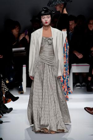 Показ Schiaparelli коллекции сезона Весна-лето 2014 года Haute couture - www.elle.ru - Подиум - фото 574215