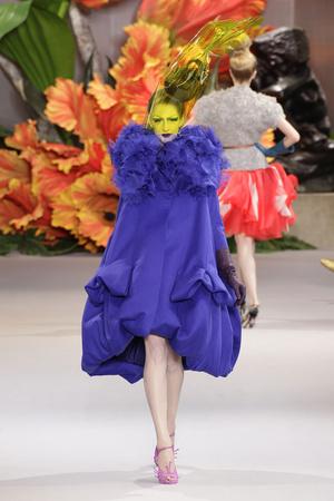 Показ Christian Dior коллекции сезона Осень-зима 2010-2011 года Haute couture - www.elle.ru - Подиум - фото 167448