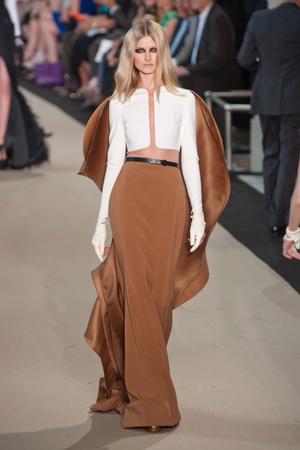 Показ Stephane Rolland коллекции сезона Осень-зима 2012-2013 года Haute couture - www.elle.ru - Подиум - фото 404095