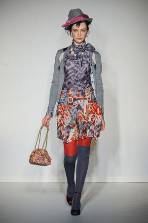 Показ Vivienne Westwood Red Label коллекции сезона Осень-зима 2012-2013 года Prêt-à-porter - www.elle.ru - Подиум - фото 354831