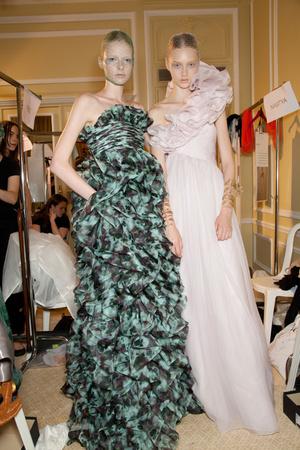 Показ Giambattista Valli коллекции сезона Осень-зима 2012-2013 года haute couture - www.elle.ru - Подиум - фото 403625